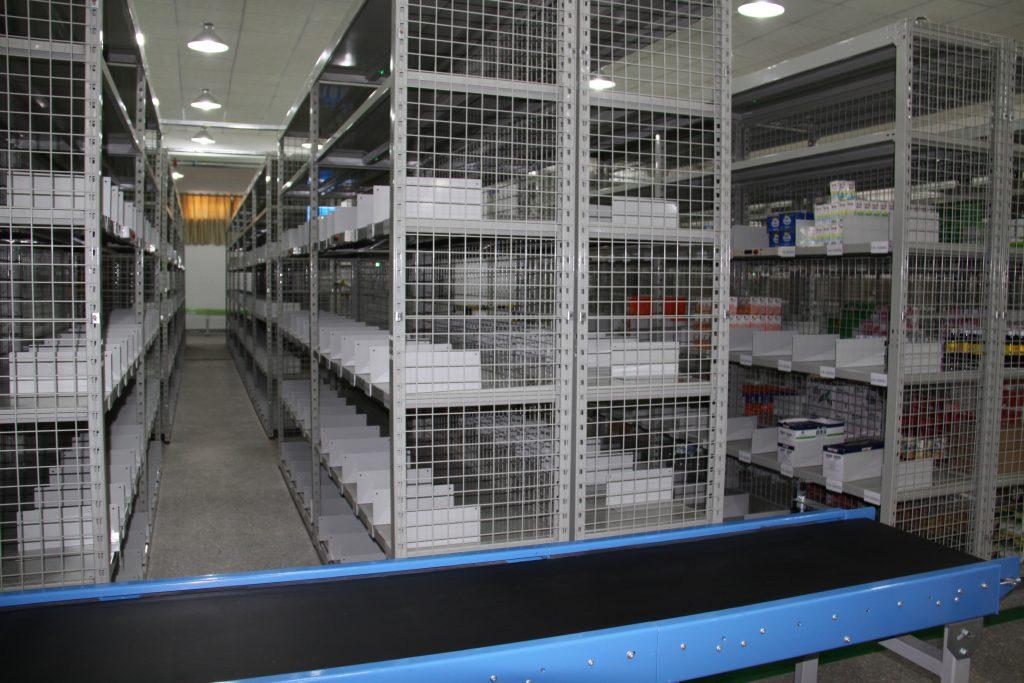 南京中型层板货架
