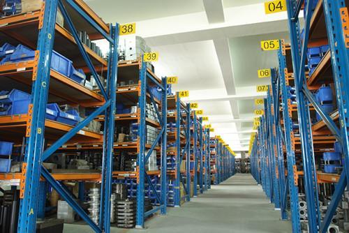 仓储业务带来的货架需求走强